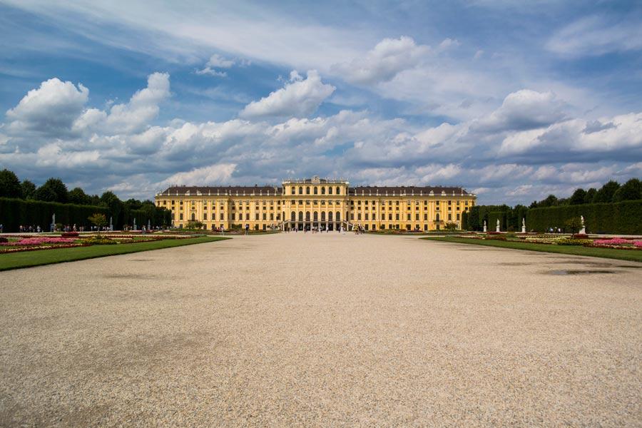 Schönbrunn Sarayı, Schönbrunn Sarayı hakkında bilgi, Schönbrunn Sarayı müzesi, Schönbrunn Sarayı gezisi