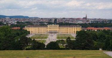 Schönbrunn Sarayı, Schönbrunn Sarayı tarihi, Schönbrunn Sarayı nerede, Schönbrunn Sarayı bilgi, Schönbrunn Sarayı giriş ücreti