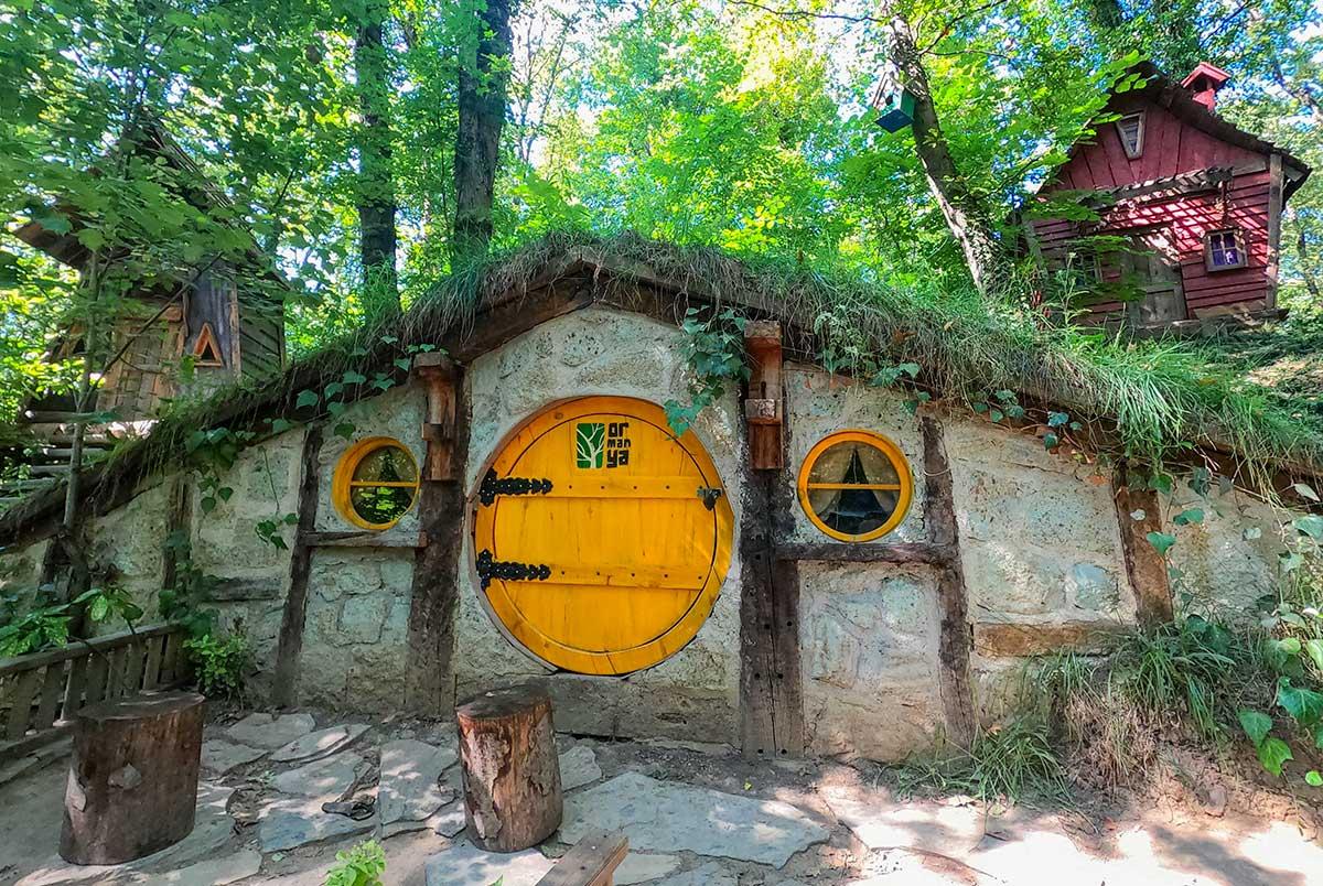 Ormanya Hobbit Evleri, ORmanya, ORmanya tabiat parkı, Ormanya doğal yaşam parkı, Ormanya doğal yaşam parkı hobbit evleri, ormanya orman köyü, ormanya hobbit ev, hobbit evleri ormanya, kocaeli hobbit evleri